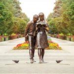 Шурик и Лида (скульптура-памятник), Краснодар