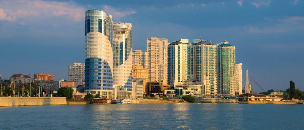 Краснодар - вид на город со стороны реки Кубань